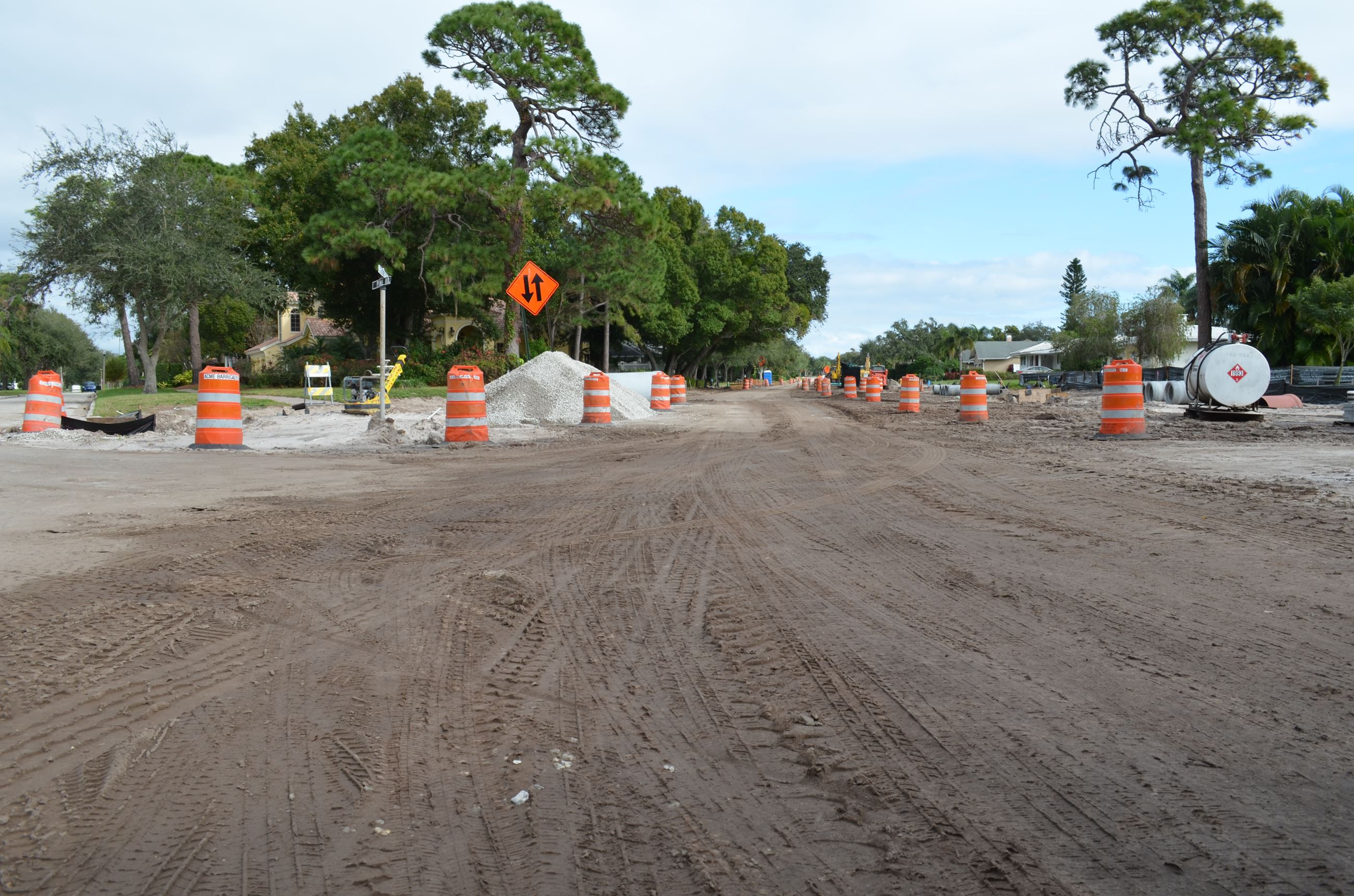 The intersection of Ponce de Leon Blvd. and Oleander Rd. during construction. The road is dirt with